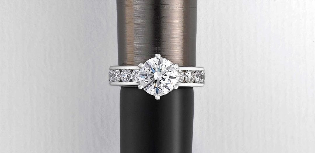 t&h custom engagement ring