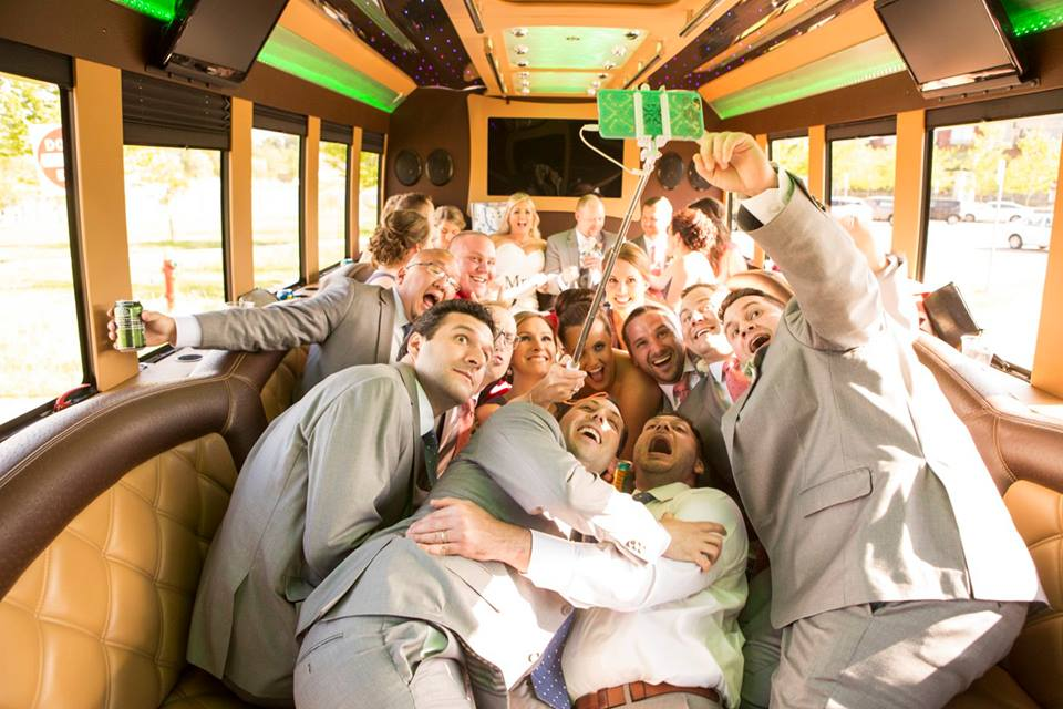 Getting Married in Minnesota | Meet Premier Transportation for Wedding Rentals