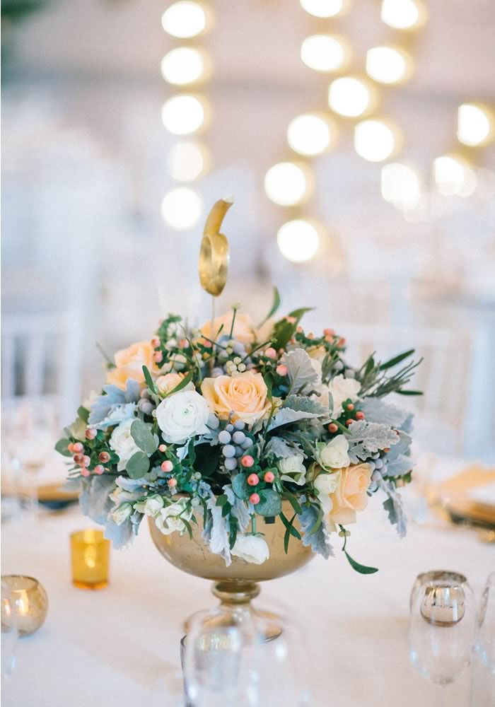 The essential (and affordable) decorations your wedding needs to create a romantic atmosphere that definitely won't fall flat!