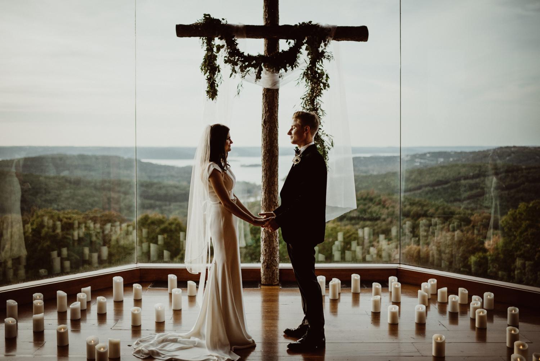 Big-Cedar-Wedding-at-Top-of-the-Rock-73.jpg