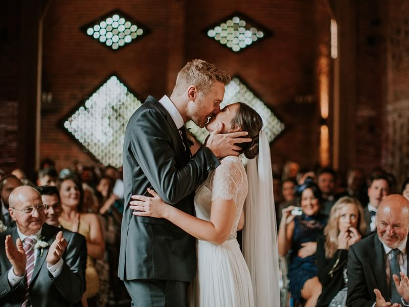 11am and 1pm are conventional, but there's a world of romantic choices up for grabs! We walk you through choosing your ceremony time and what to consider