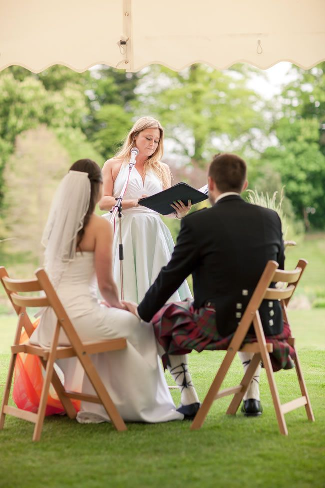 7-non-cheesy-wedding-readings-for-long-term-couples-london-weddingphotographer.com