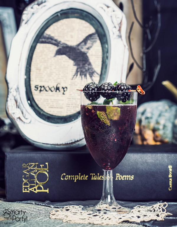 halloween cocktails - Perfect Wedding Guide - Signiture cocktails - halloween weddings