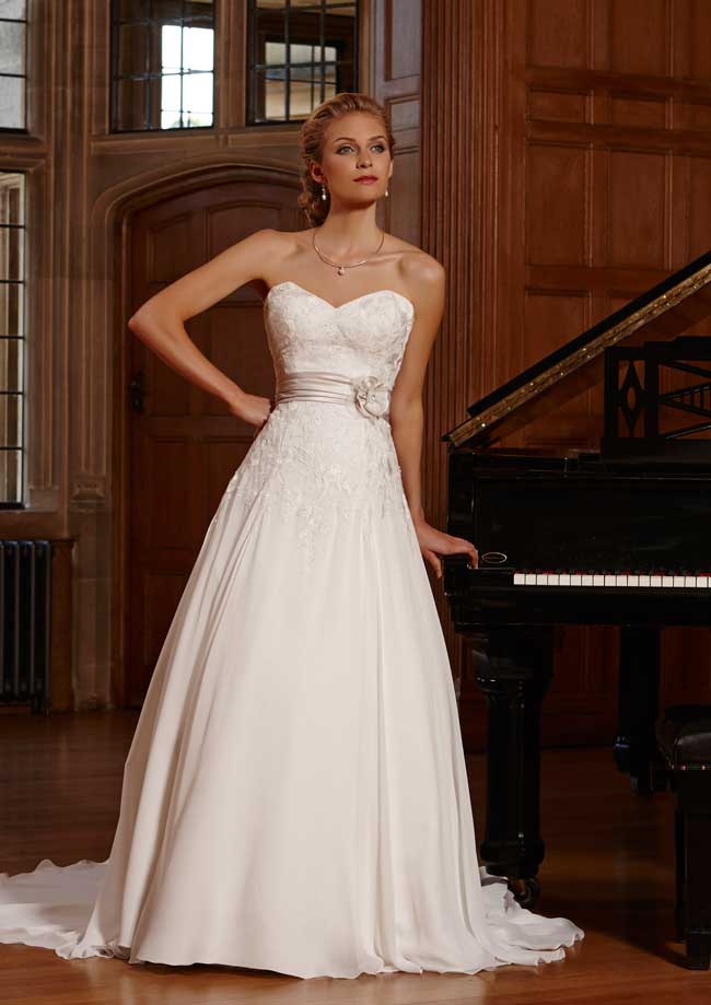 Best Lace Wedding Dresses Albercete-Romantica-of-Devon
