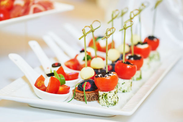 cold hors d'oeuvres for your sweetheart table - rating at your being - wedding planning  - food for the couple