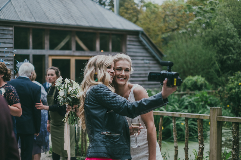 Make the most of this fantastic wedding offer from Shoot It Yourself