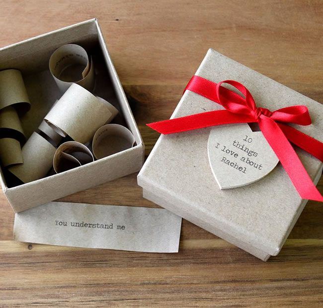 10-grooms-gifts-to-surprise-your-man-with-on-the-wedding-day-personalised-10-things-i-love-about-you-box-posh-totty-designs-interiors-notonthehighstreet-£18.50
