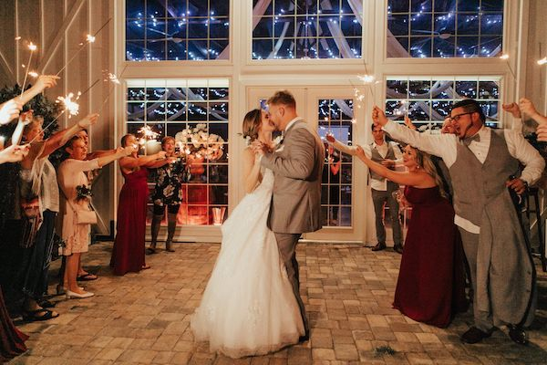 first dance - Orlando Perfect Wedding Guide