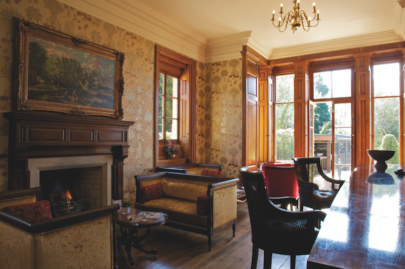 Wyck Hill House Hotel lounge