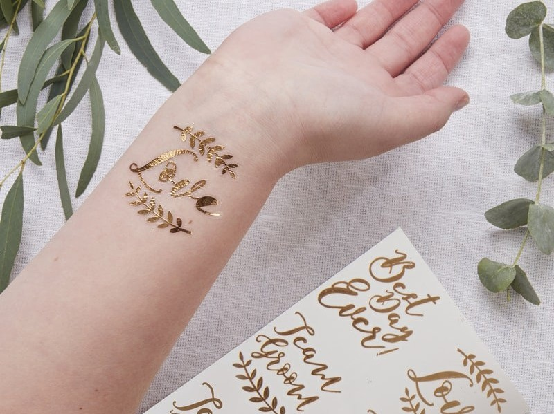 gold-tattoo-wedding-favours (1)