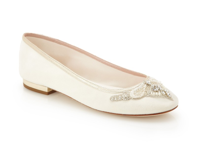 Carrie_Detail_emmy-flat-wedding-shoes