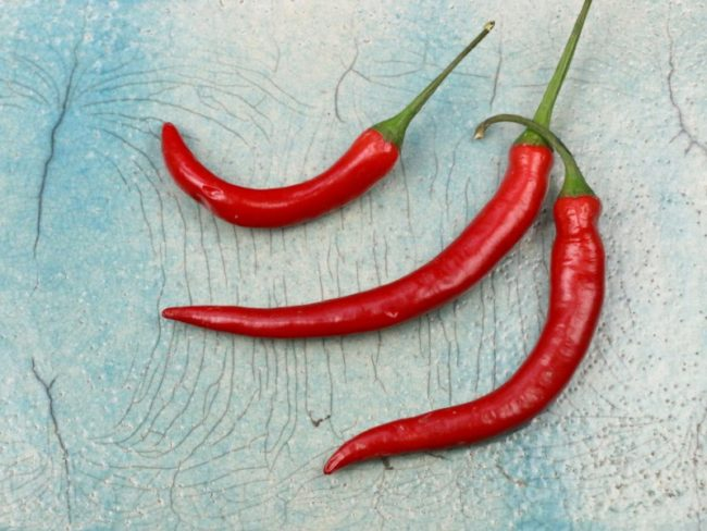 A pinch if chile pepper can raise body temperature and get you in the mood to tear off your clothes - chilli