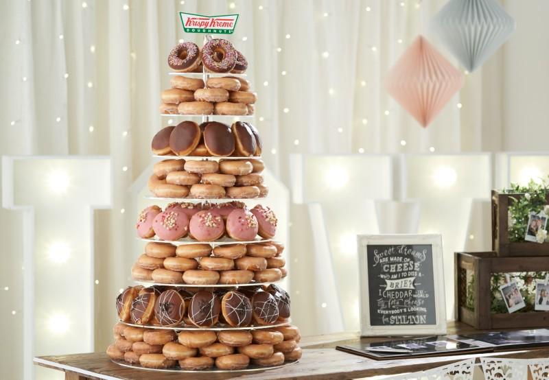 krispy-kremes-wedding-doughnuts-tower