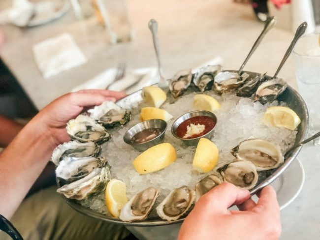 10 foods that'll Get You in the Mood For Love this Valentines Day - Oysters