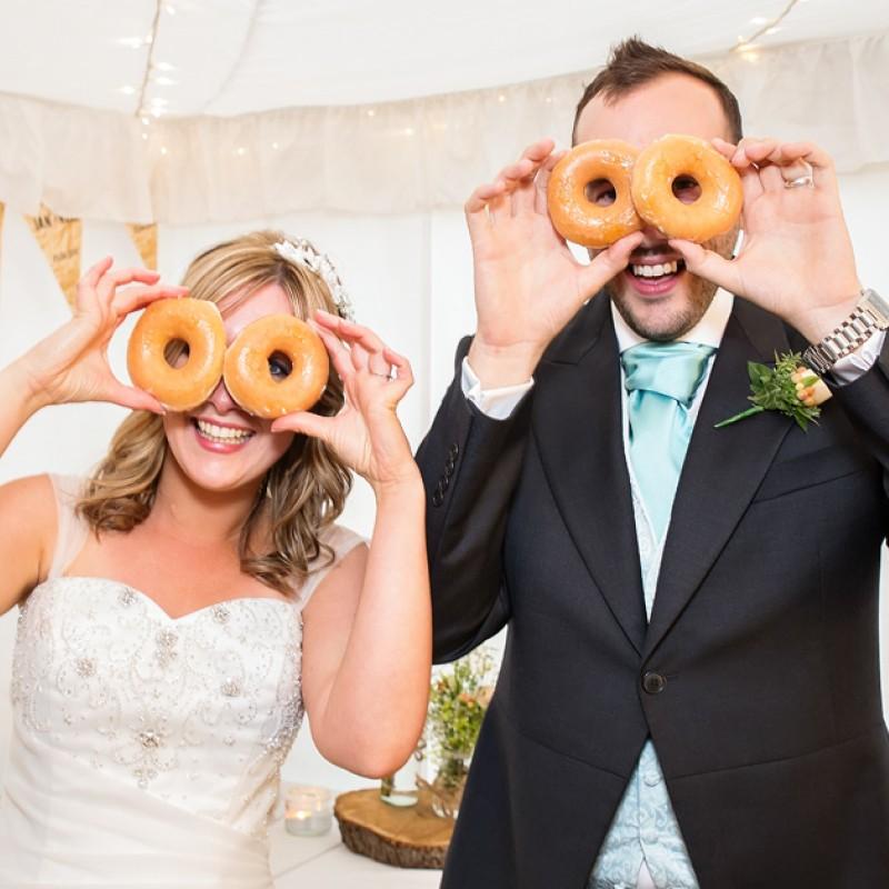 wedding-doughnuts-krispy-kreme