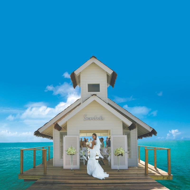 chapel-and-bride-sandals-wedding