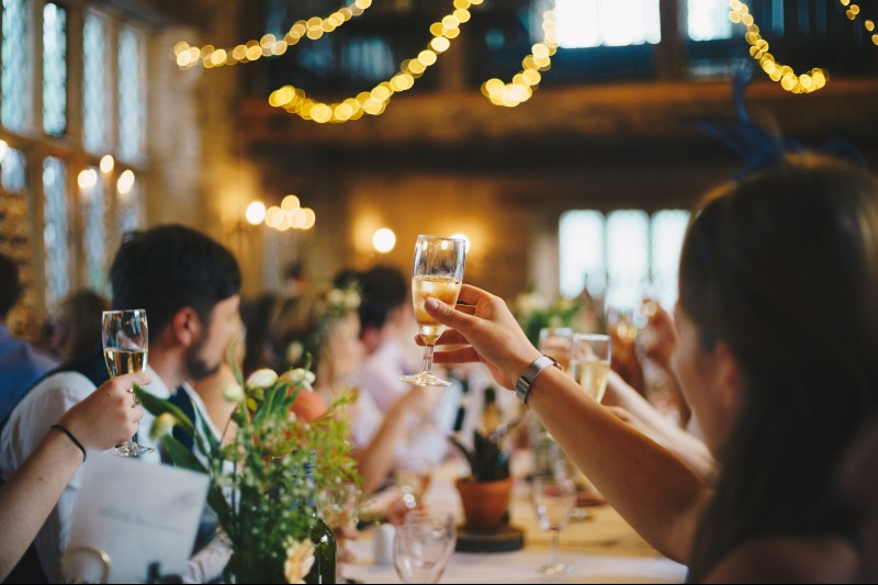 how-to-postpone-your-wedding