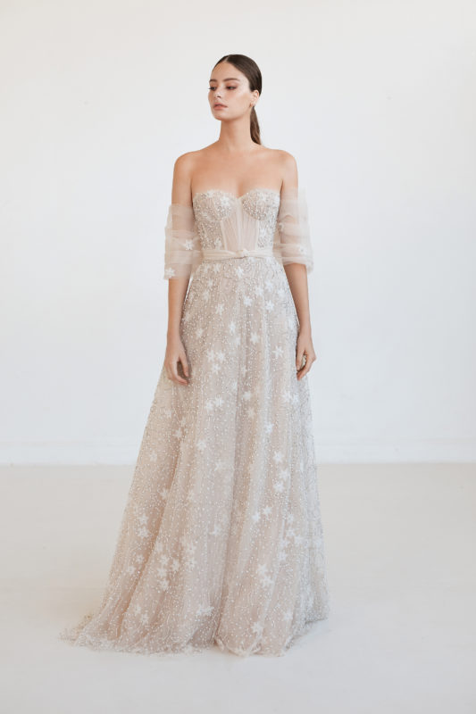 Star, Esien-Stein winter wedding-dress-shrug