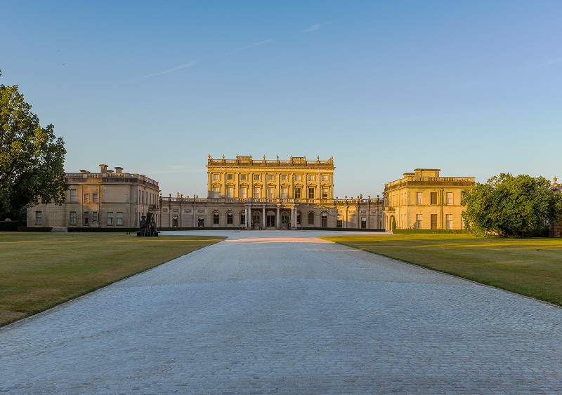 cliveden-house-exterior-best-hen-party-hotels