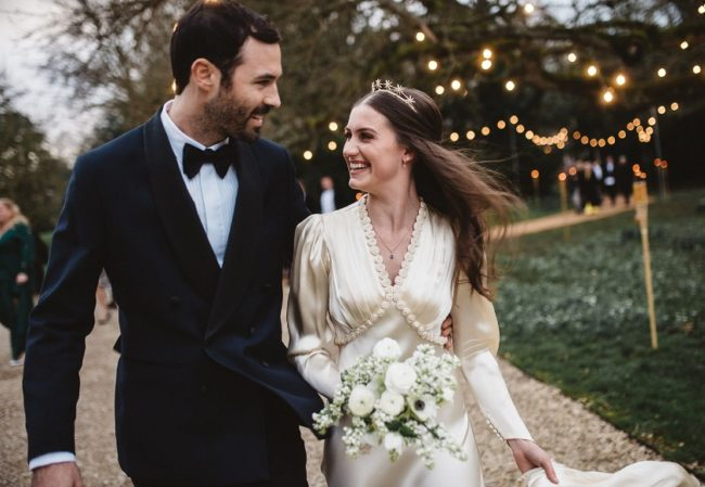 Molly-Whitehall-Wedding-dress-rental-by-rotation