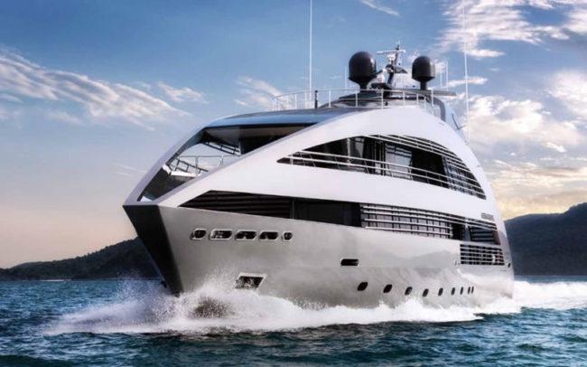 Ocean Emerald Yacht - 5 Unbelievable Luxury Honeymoons From Around the World